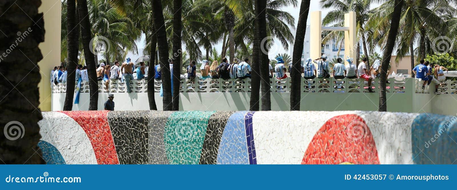 Argentinien-Fans, die auf Miami Beach feiern