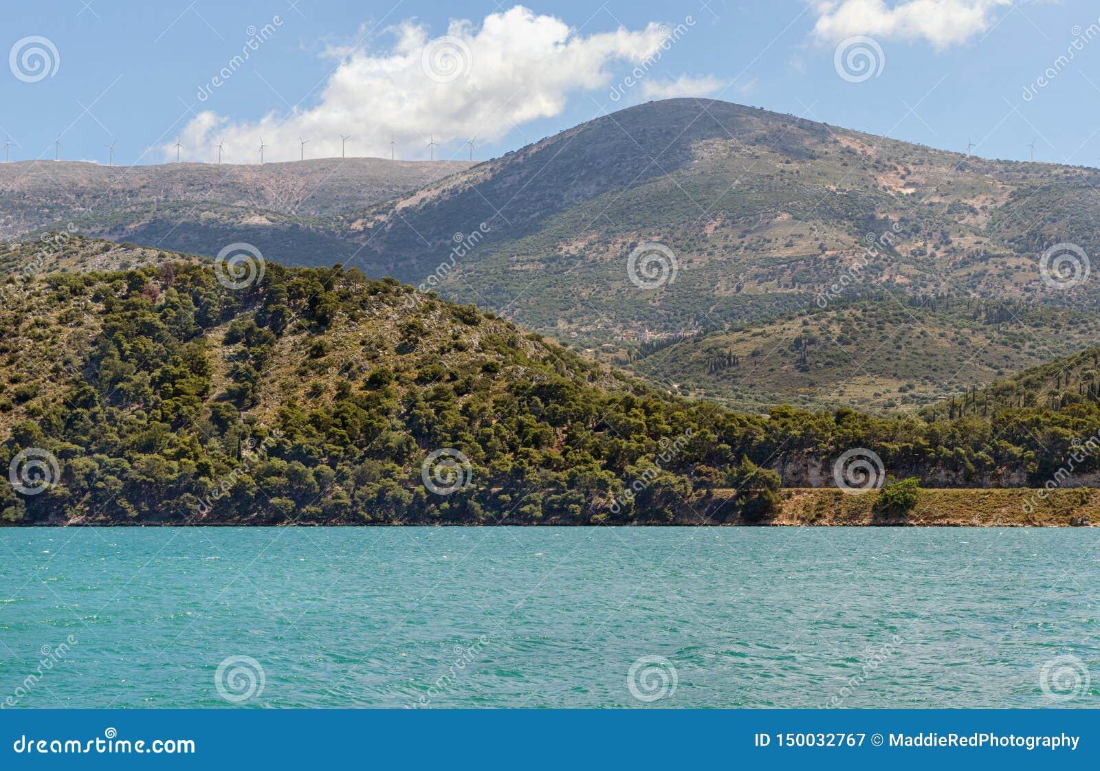 Argostoli schronienie na Kefalonia wyspie, Grecja Piękny lata viiew nad wodą