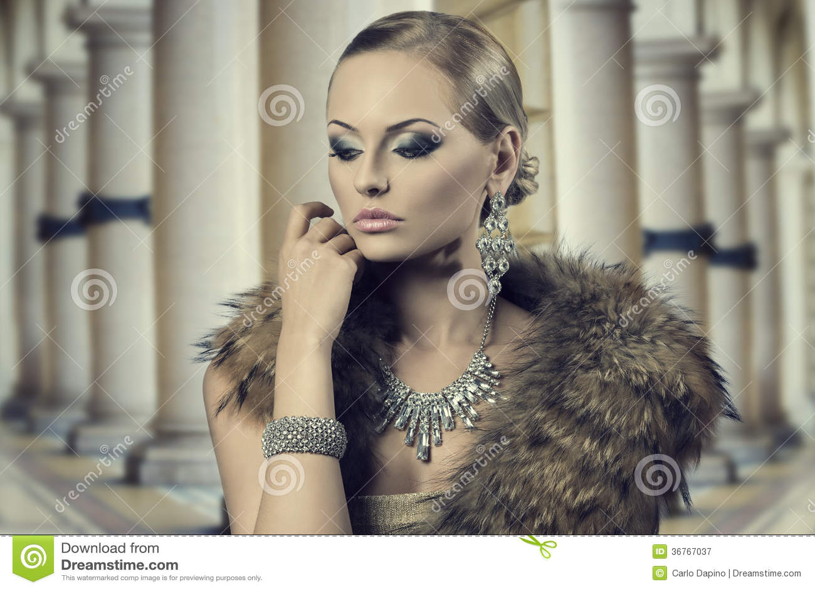 Aristocratic Sensual Fashion Woman Royalty Free Stock Photography Image 36767037