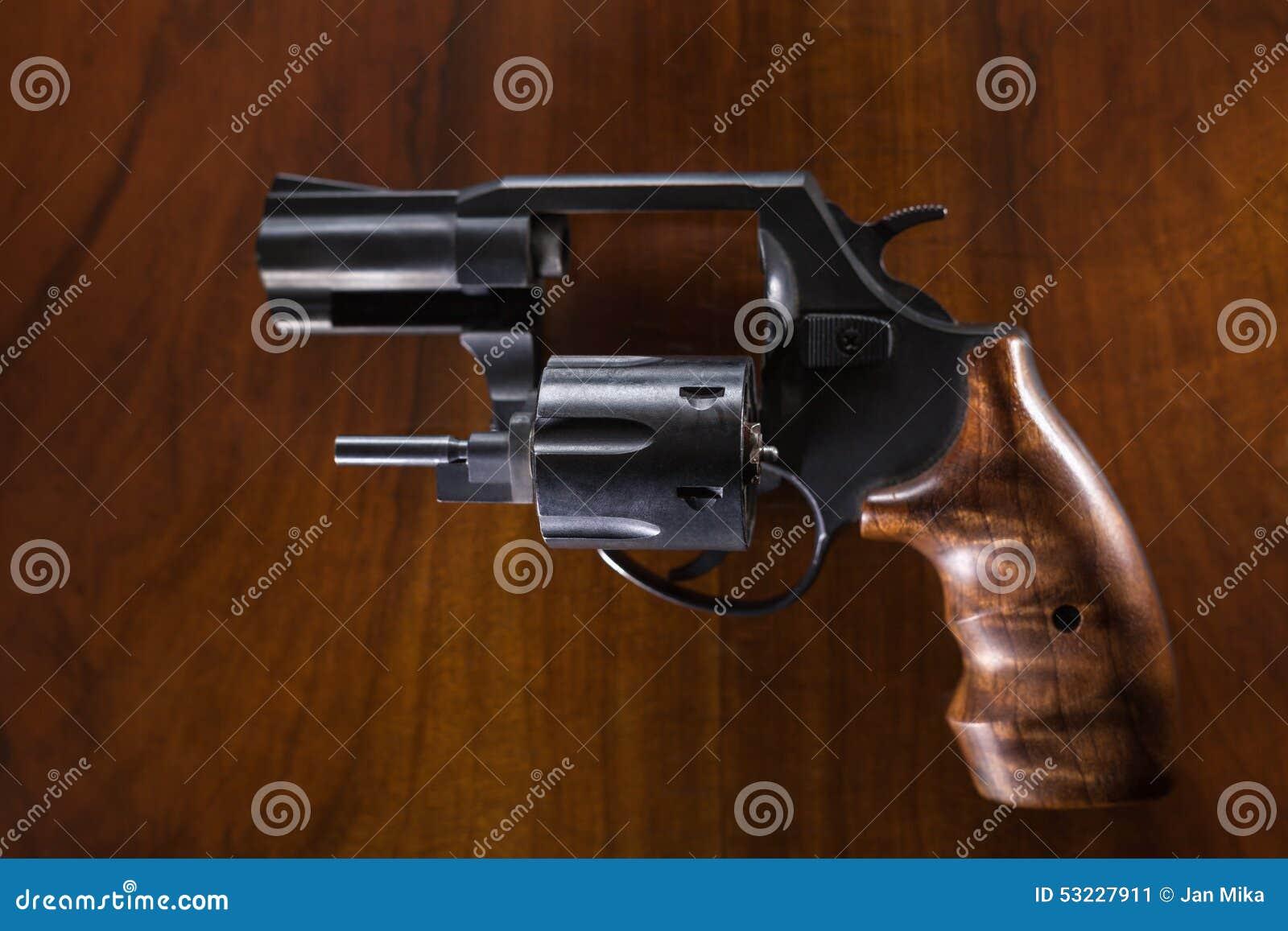 Arma del revólver del cilindro