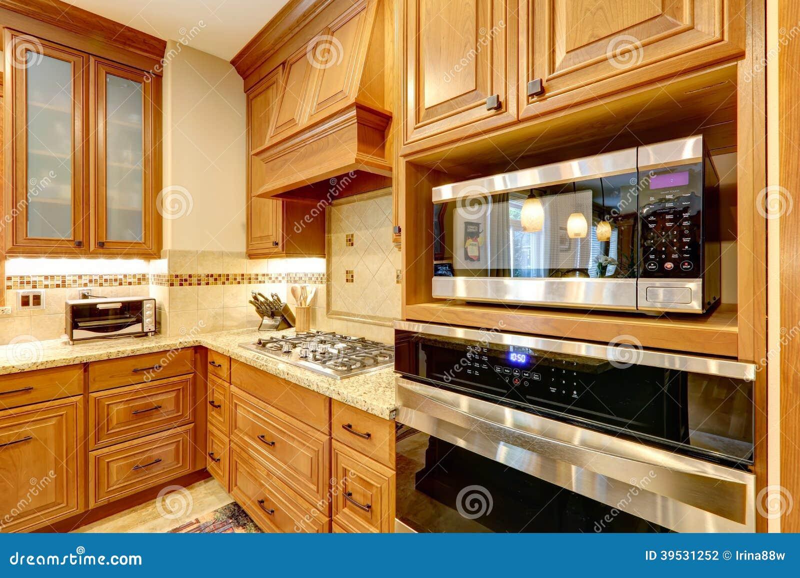 armadi da cucina di lusso fotografia stock - immagine: 39531252 - Cucina Di Design Armadio Di Lusso