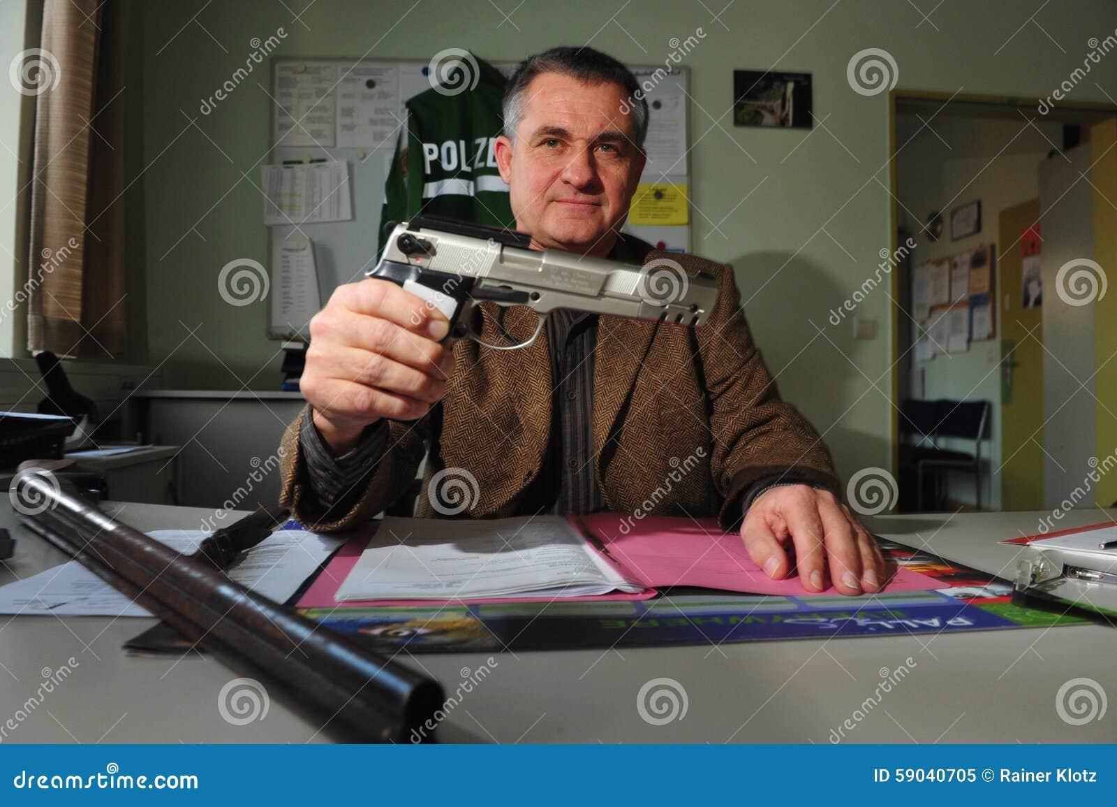 Armas y munición confiscados
