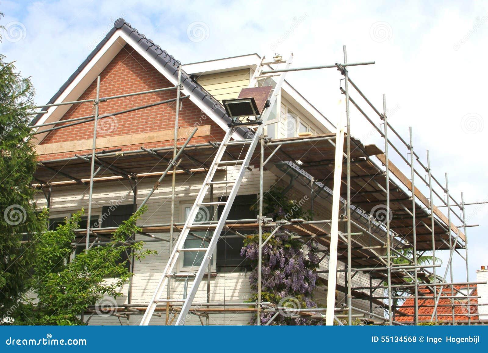 Armatura per un rinnovamento di una casa moderna for Nuovi piani di casa moderni