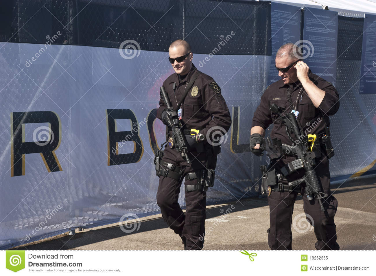 Armed Security Guards At Superbowl XLV Editorial Image - Image: 18262365