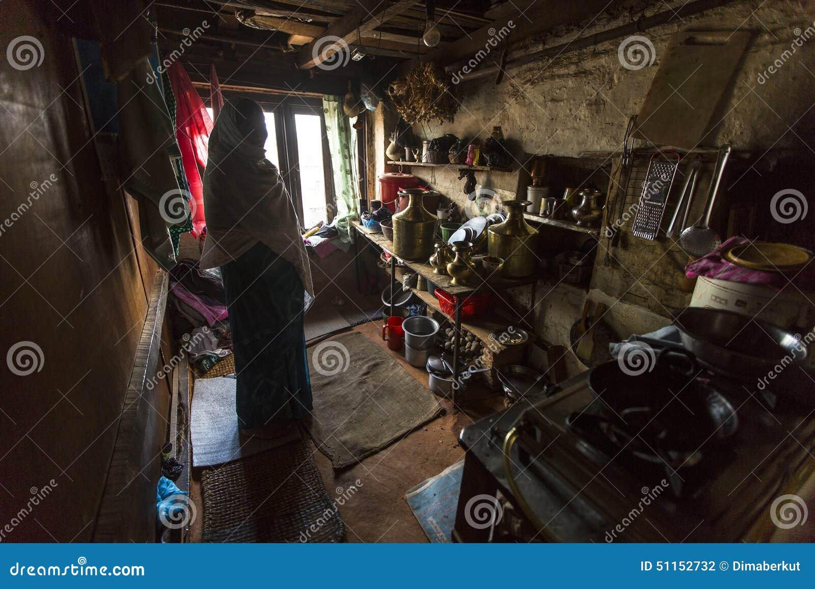 Armen in zijn huis Het kastesysteem is vandaag nog intact maar de regels zijn niet zo stijf aangezien zij in het verleden waren