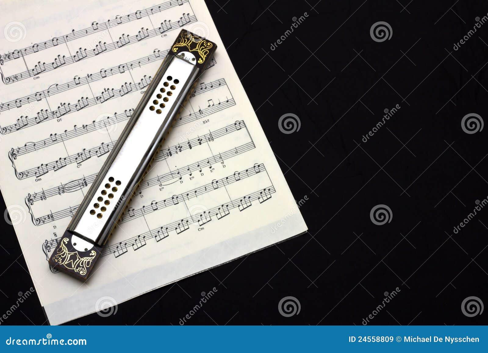 Armonica su musica di strato