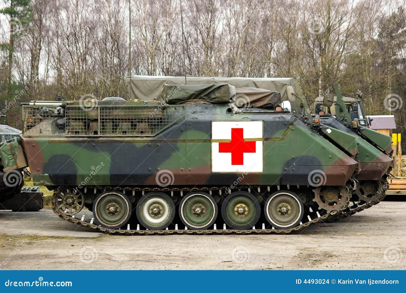 Armoured tank ambulance