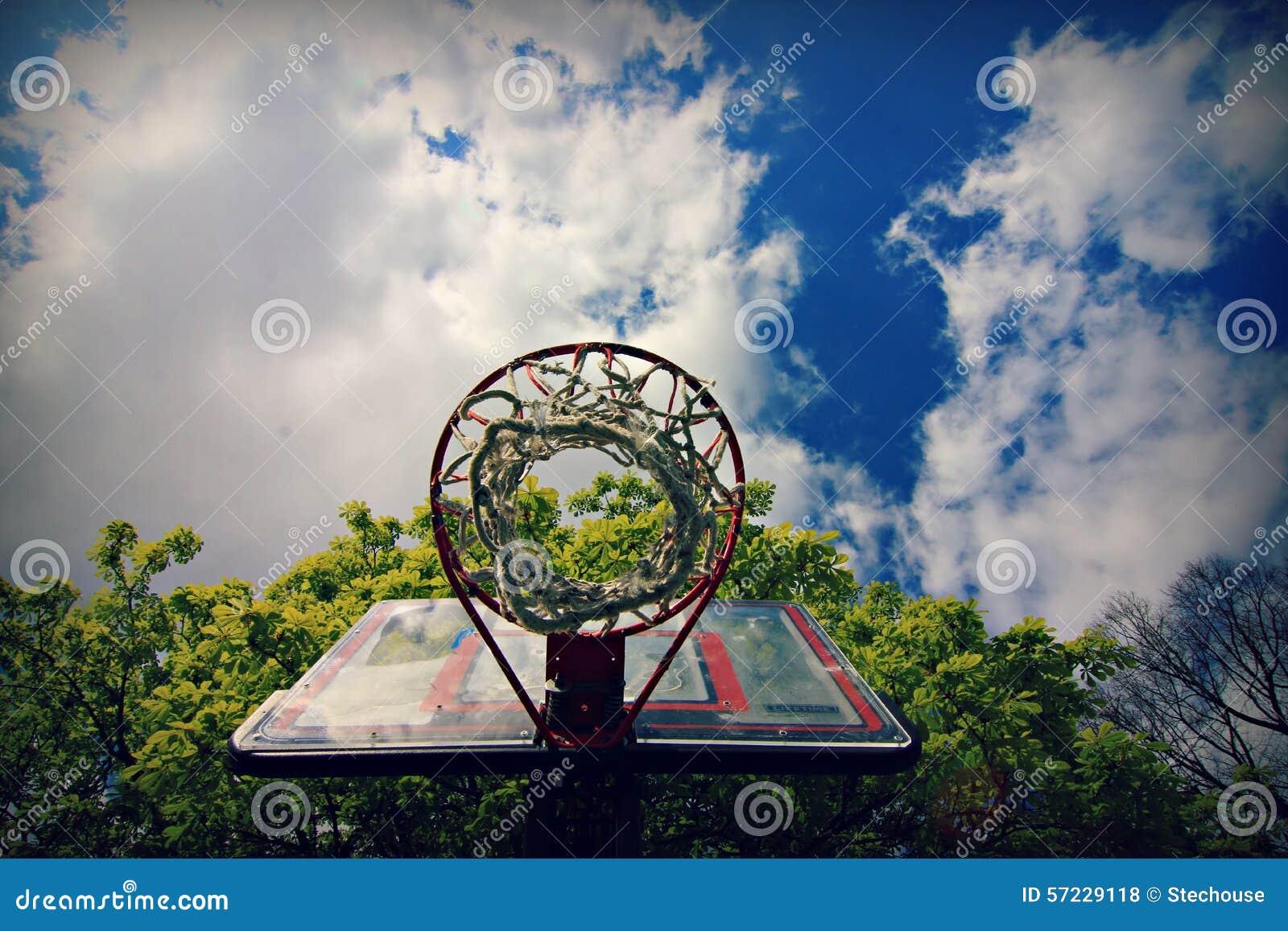 Aro de baloncesto en Hamburgo, Alemania