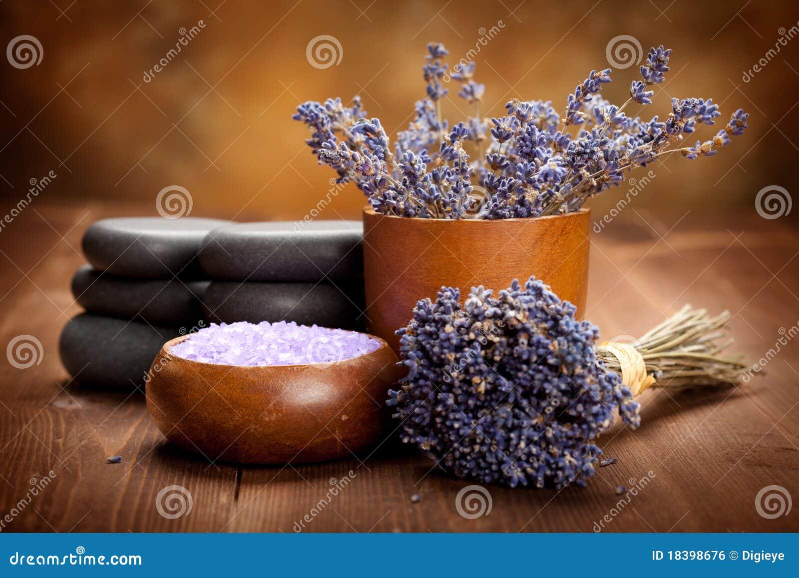 Aromatherapy обработка спы лаванды