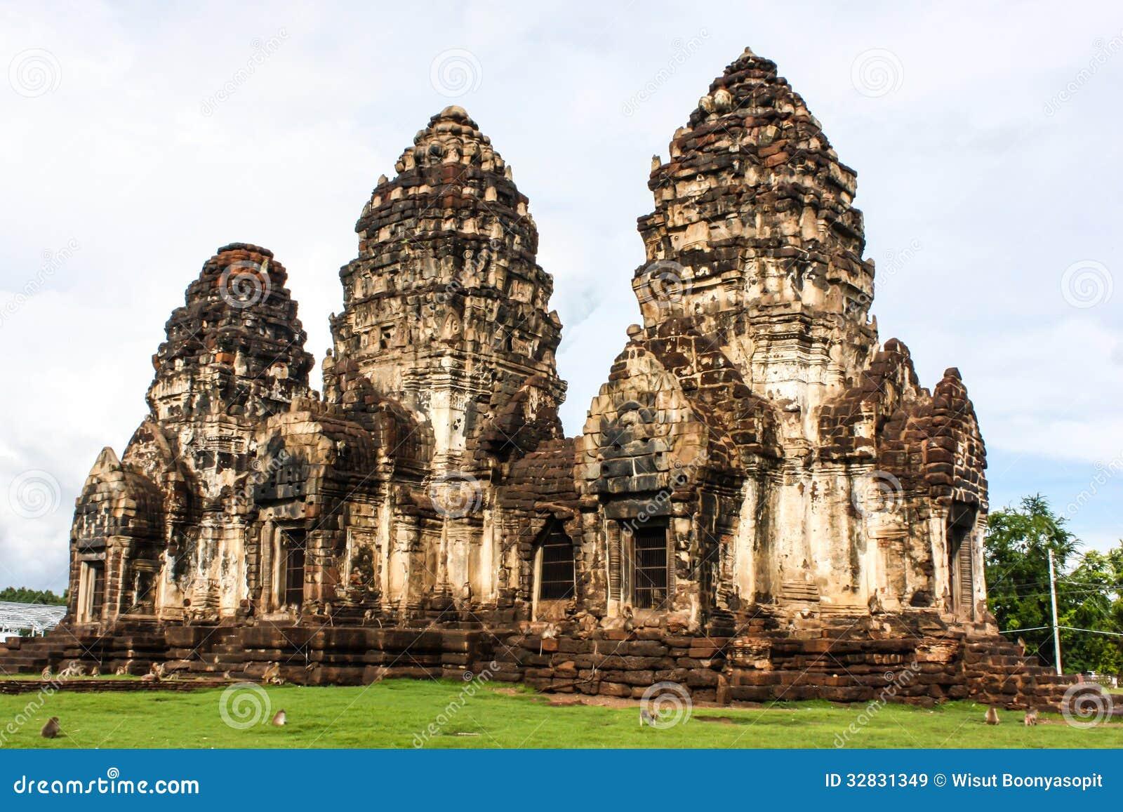 Arquitectura antigua tailandia de phra prang sam yot for Imagenes de arquitectura