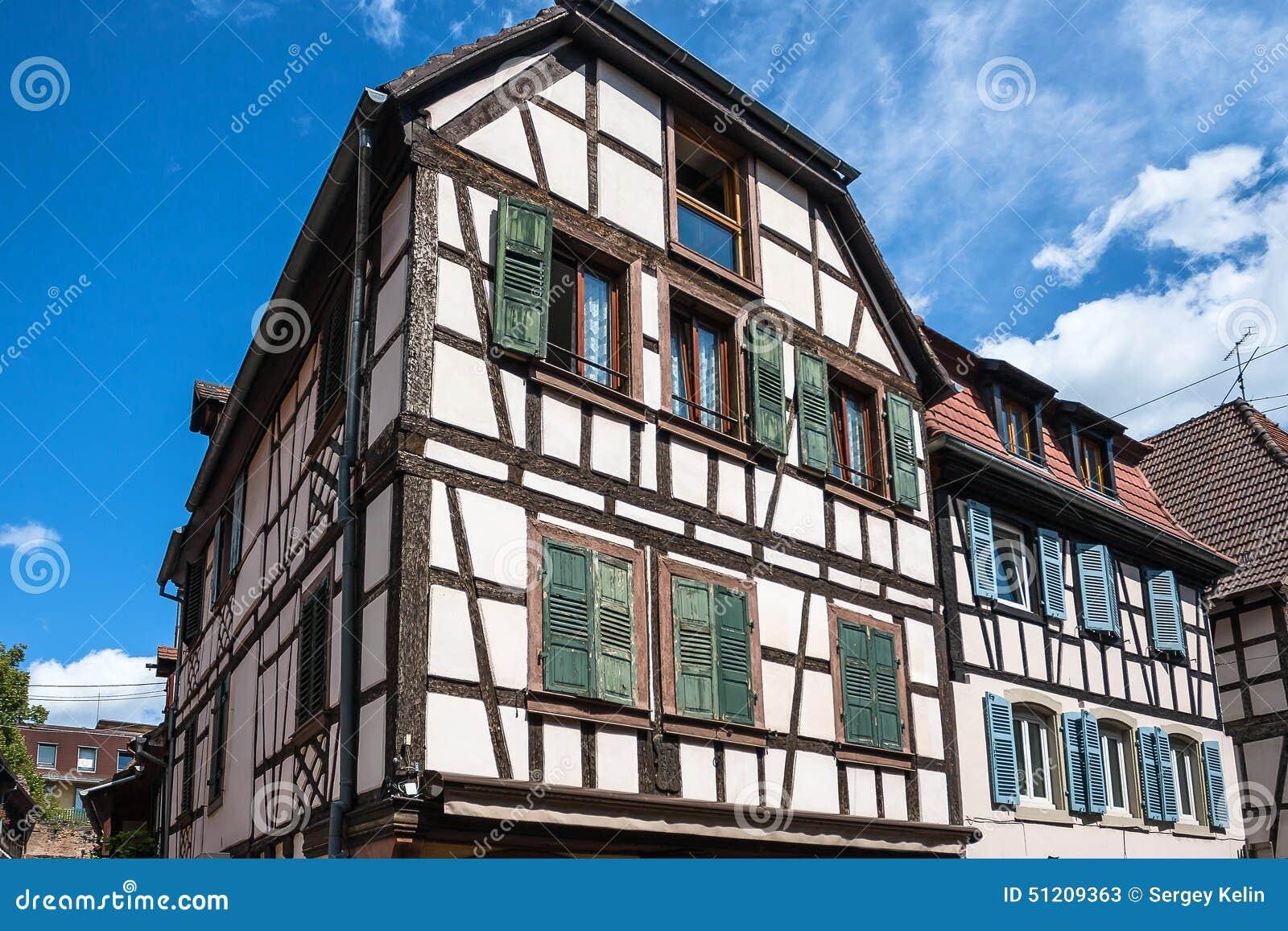 Arquitectura de entramado de madera tradicional en obernai for Arquitectura de madera