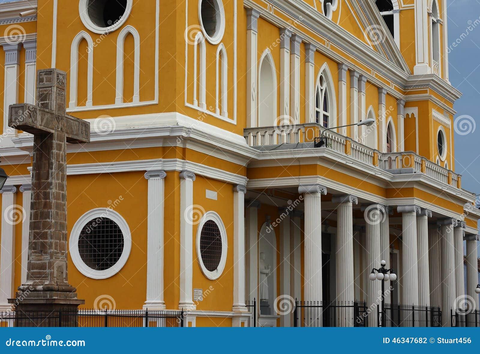 Arquitectura de la catedral de granada nicaragua foto de for Arquitectura granada