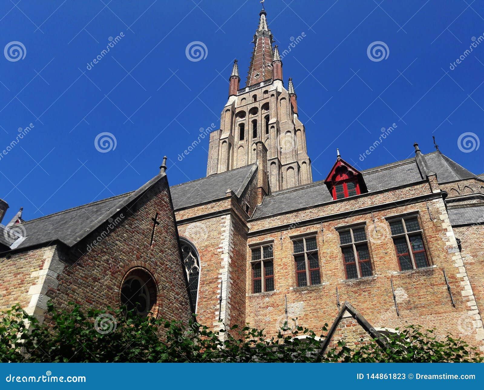 Arquitectura de la ciudad medieval europea vieja Brujas, Bélgica