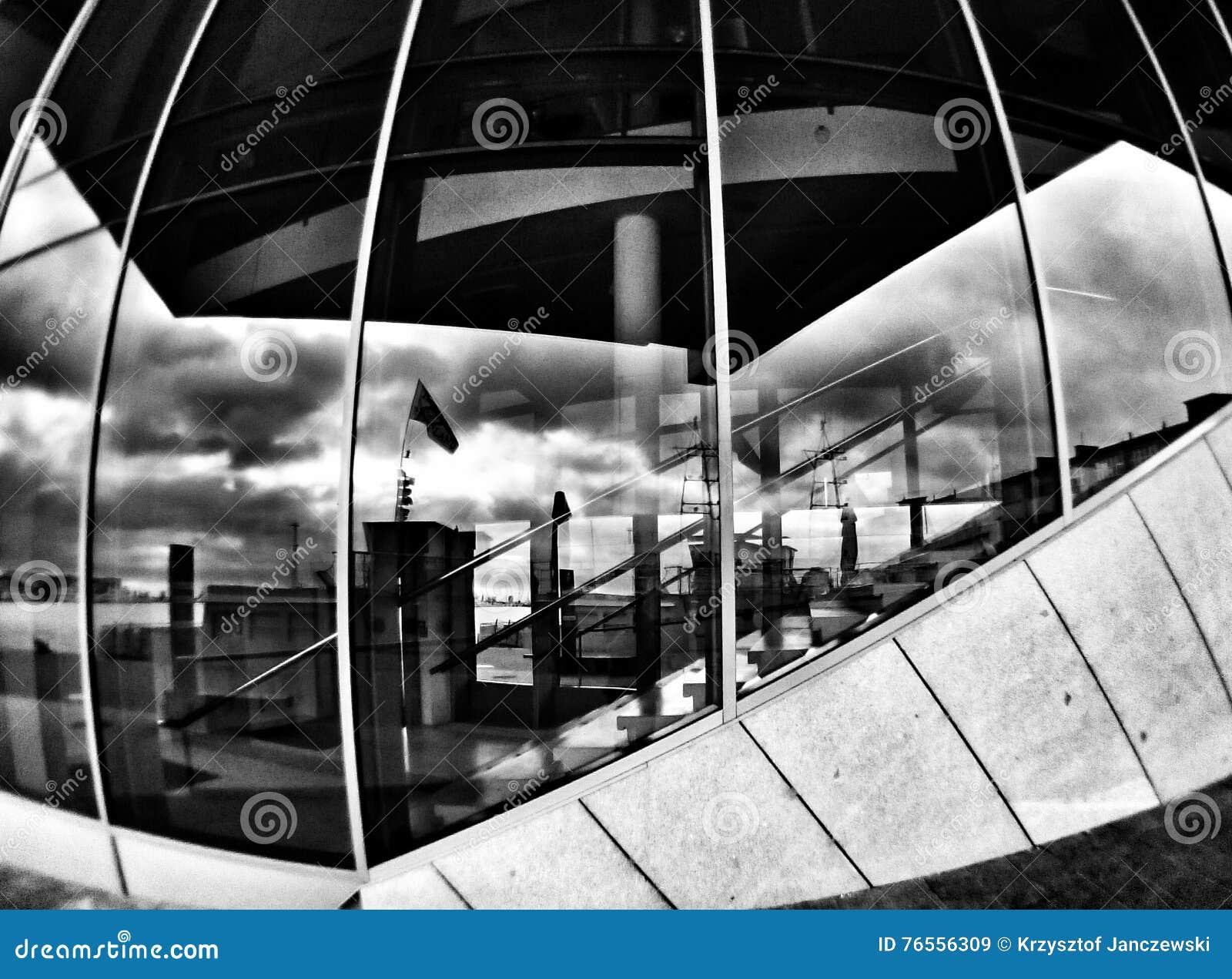 Arquitectura En Gdynia Mirada Artística En Blanco Y Negro Imagen De