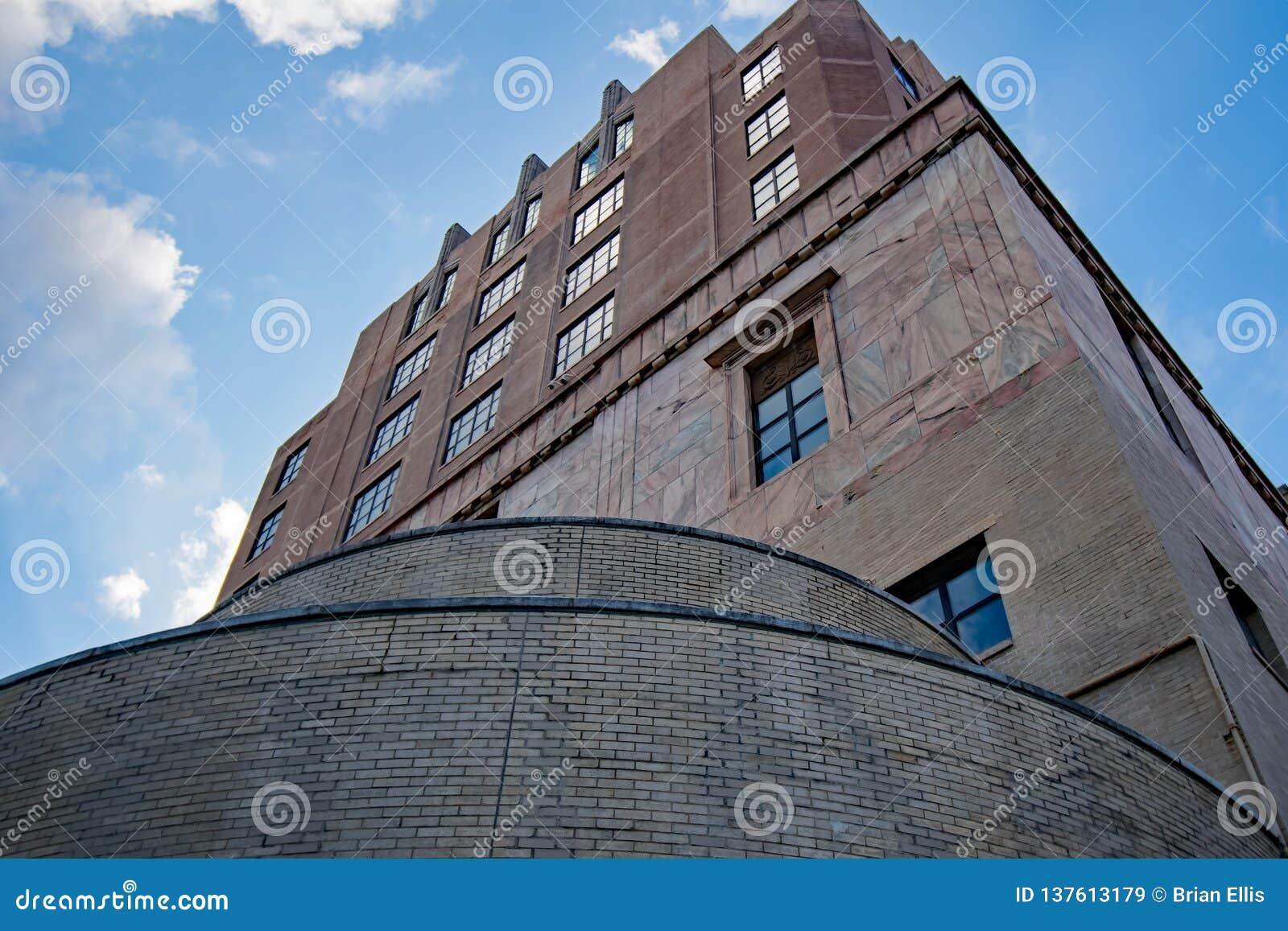 Arquitectura gótica del tribunal céntrico de Asheville