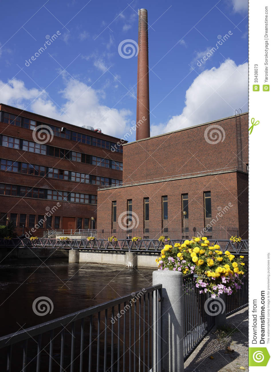 Arquitectura industrial en tampere fotos de archivo for Arquitectura industrial