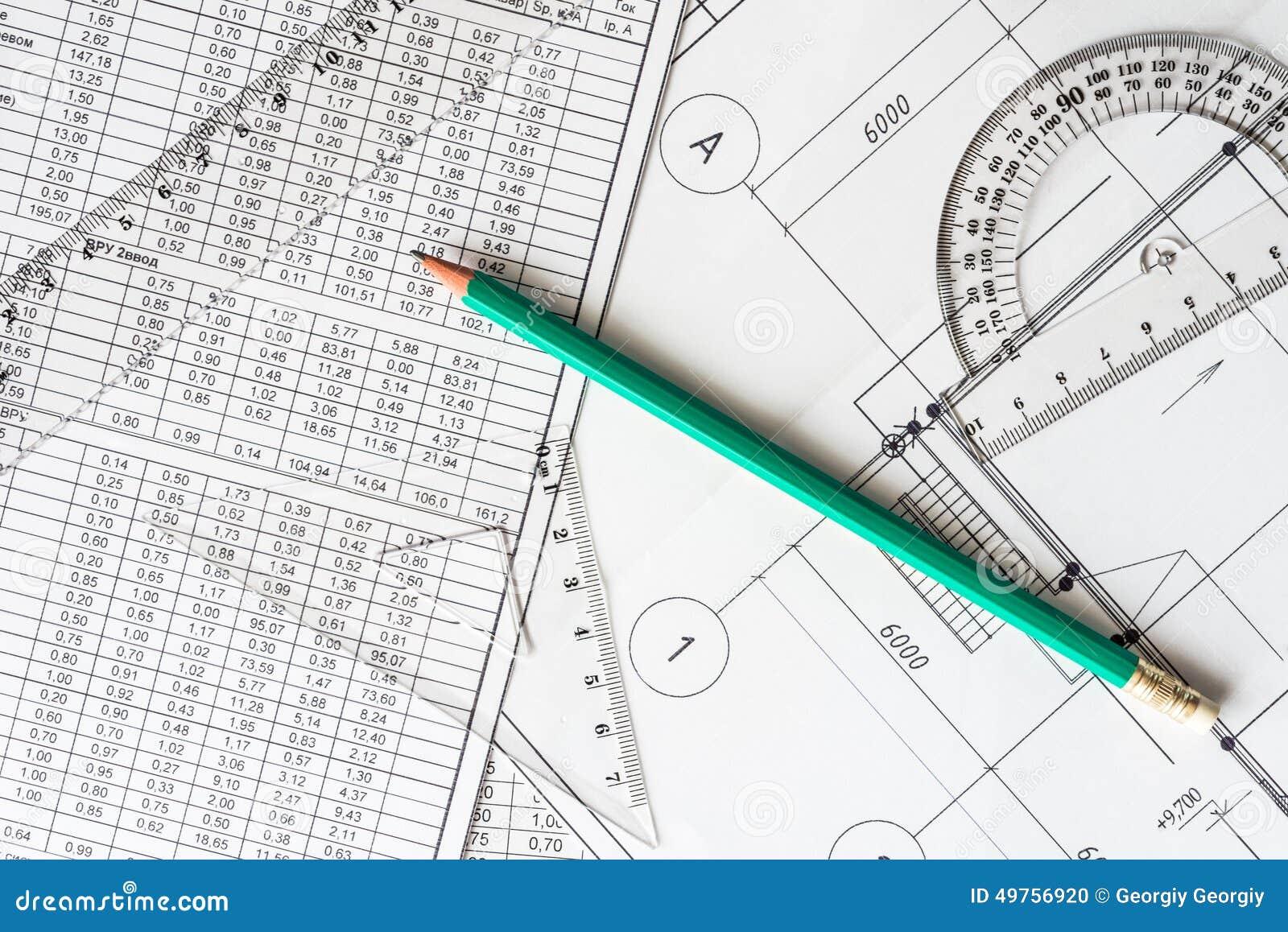 Arquiteto do local de trabalho, ferramentas para esboçar