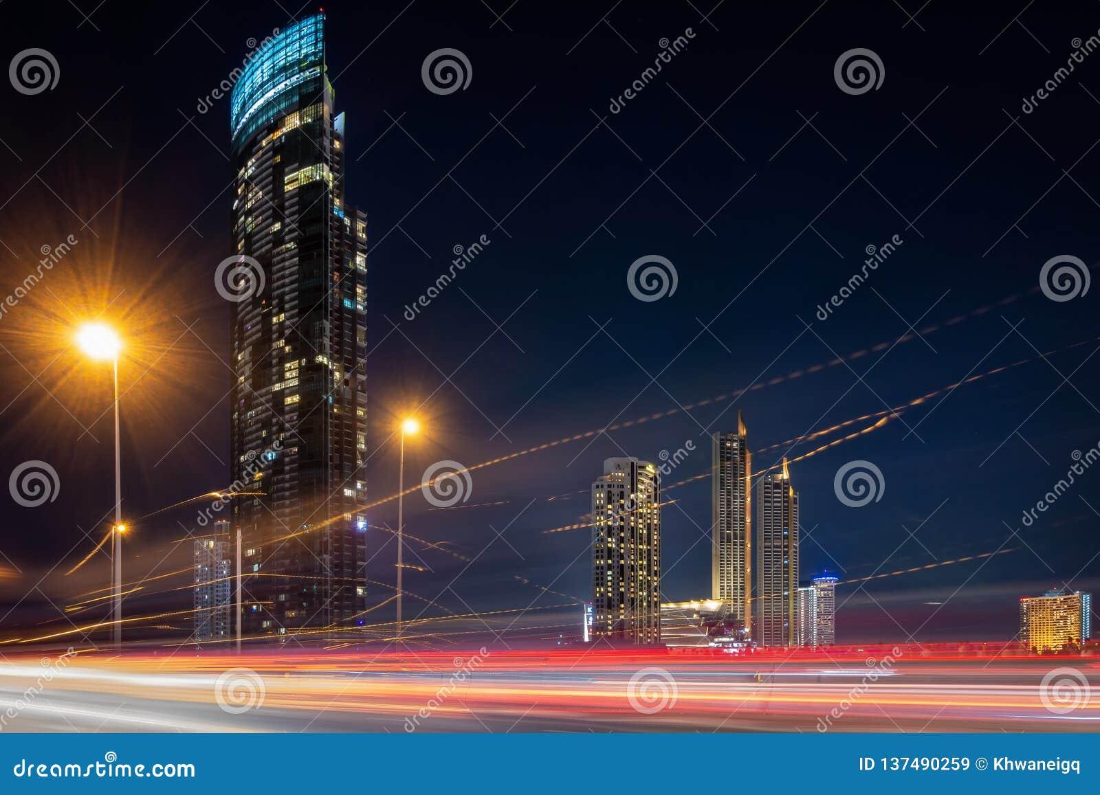 Arquitetura da cidade da cidade de Banguecoque e construções dos arranha-céus de Tailândia , Paisagem do panorama do negócio e ce