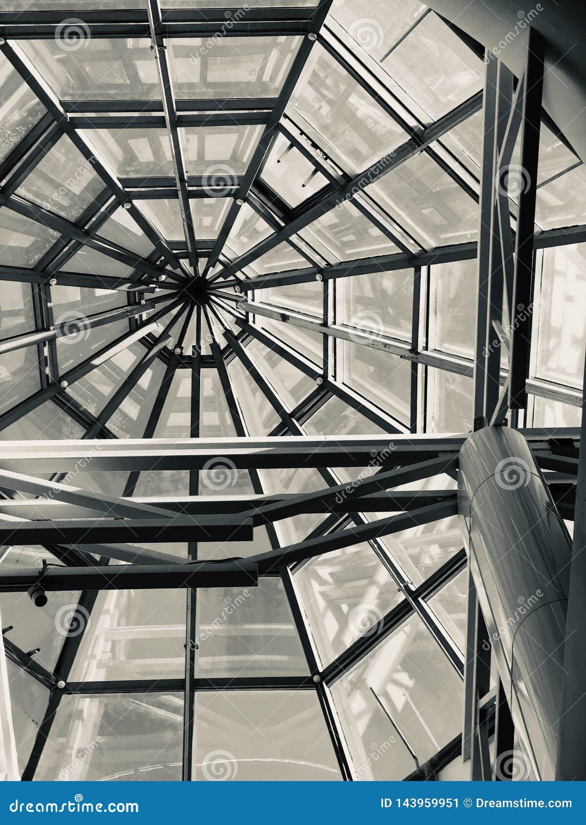 Arquitetura moderna metal do projeto