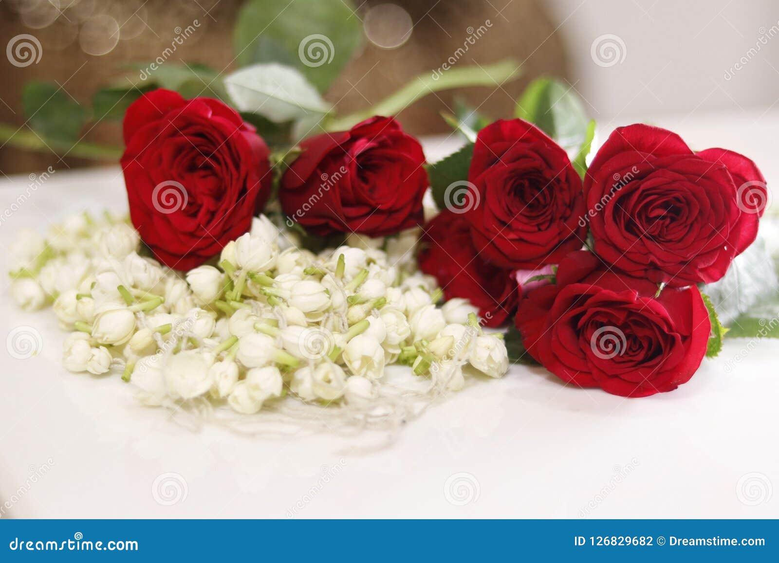 Garland Of Flowers Bridal Wedding Flowers Stock Photo Image Of Adjusting Background 126829682