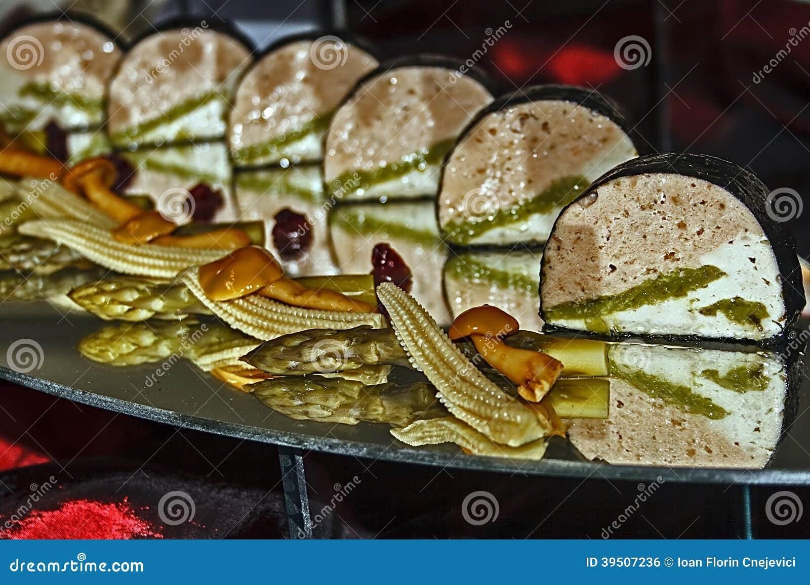 Arrangement of food 3