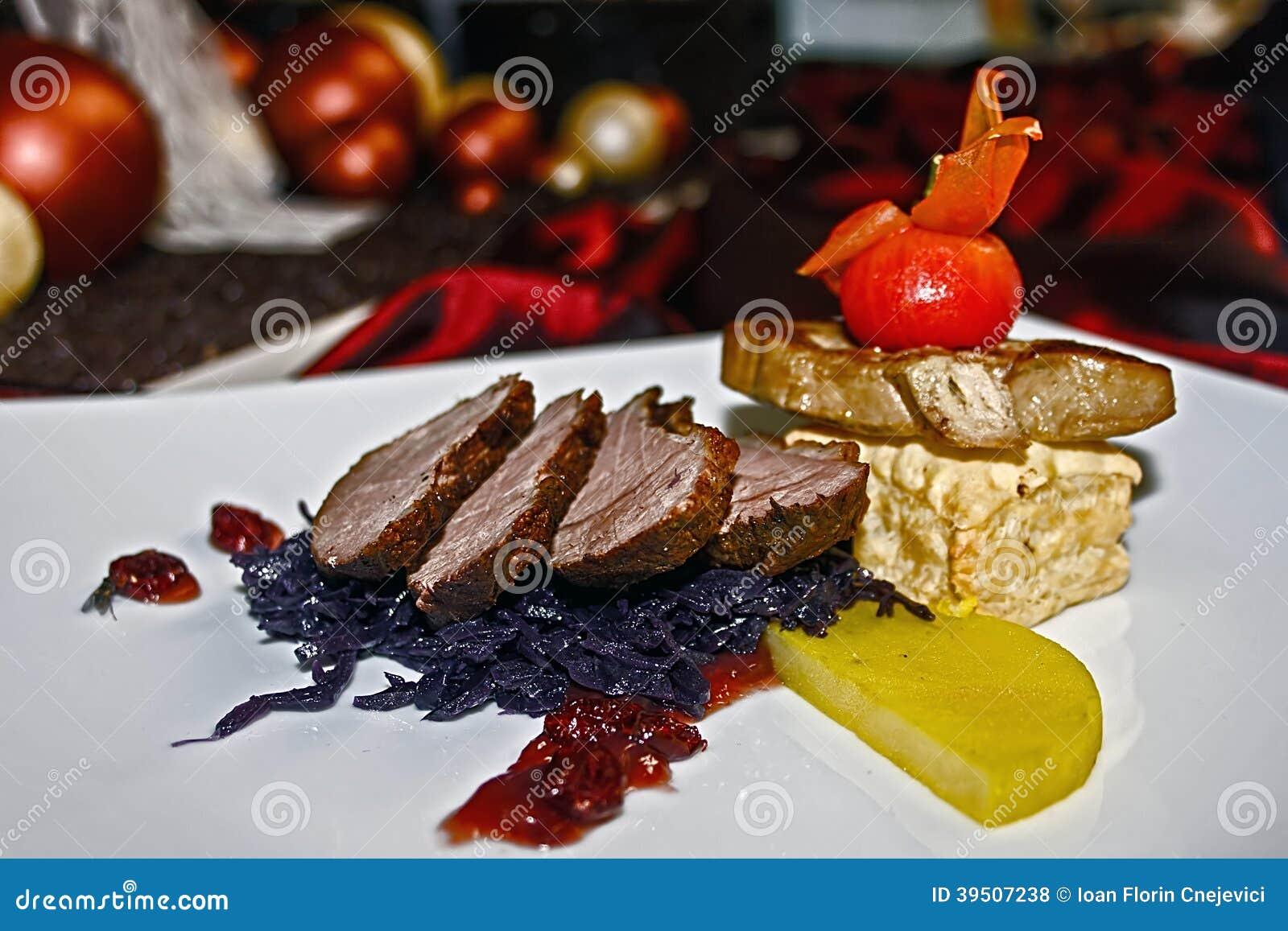 Arrangement of food 36