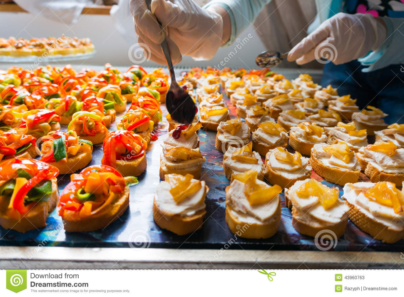 Arranging catering food specialities