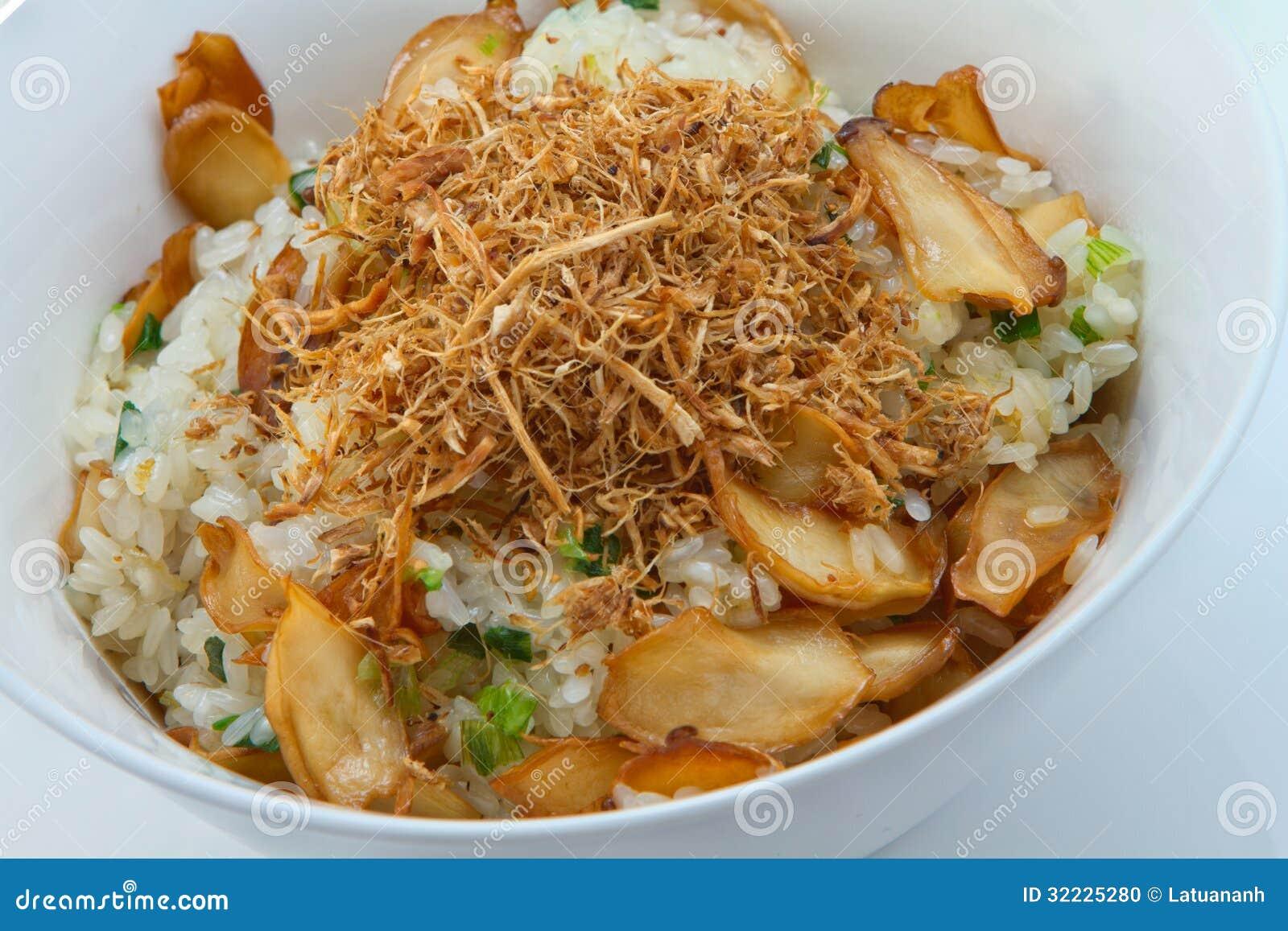 Download Arroz pegajoso do cogumelo foto de stock. Imagem de jantar - 32225280