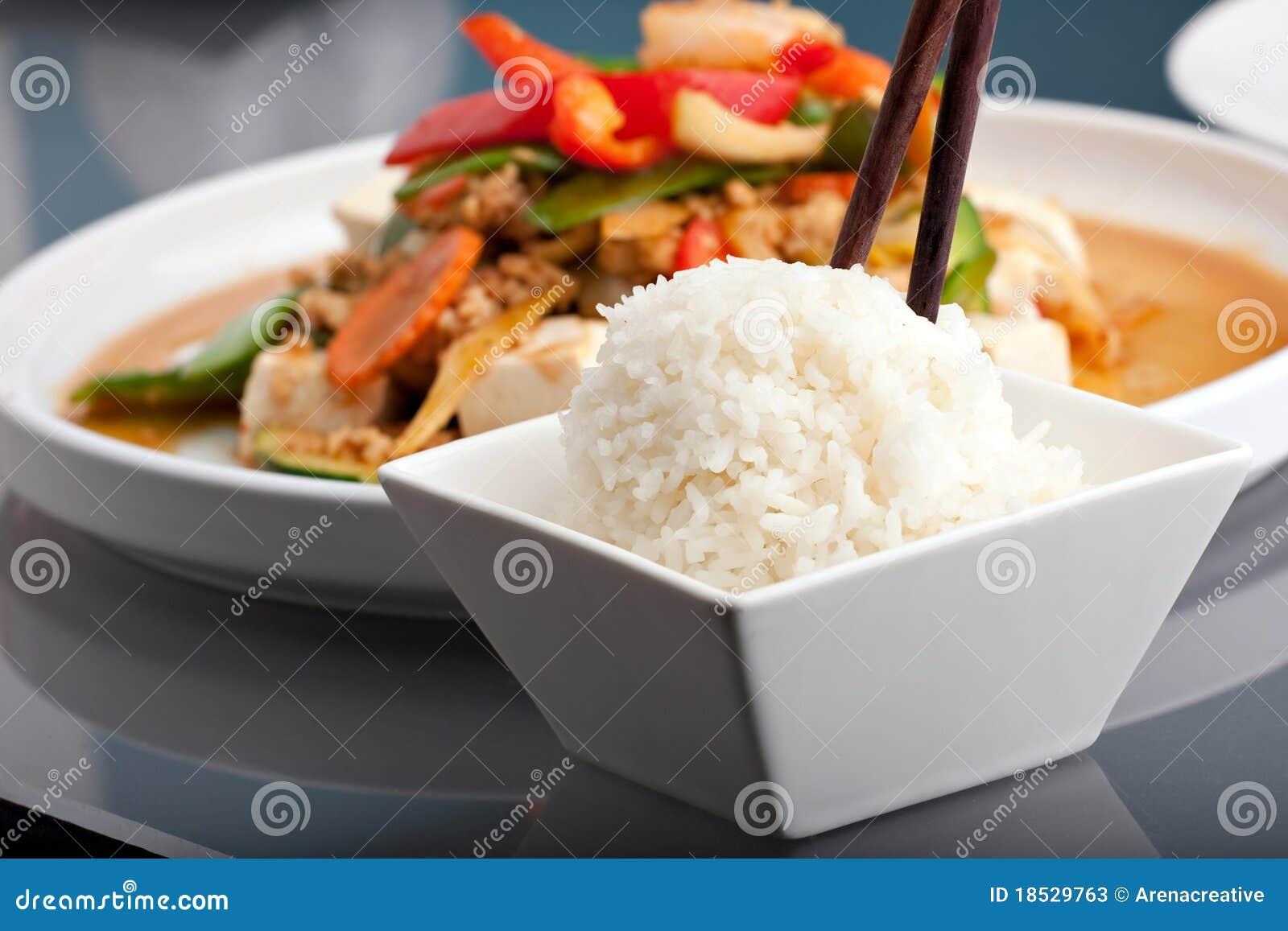 Arroz tailandês do alimento e do jasmim