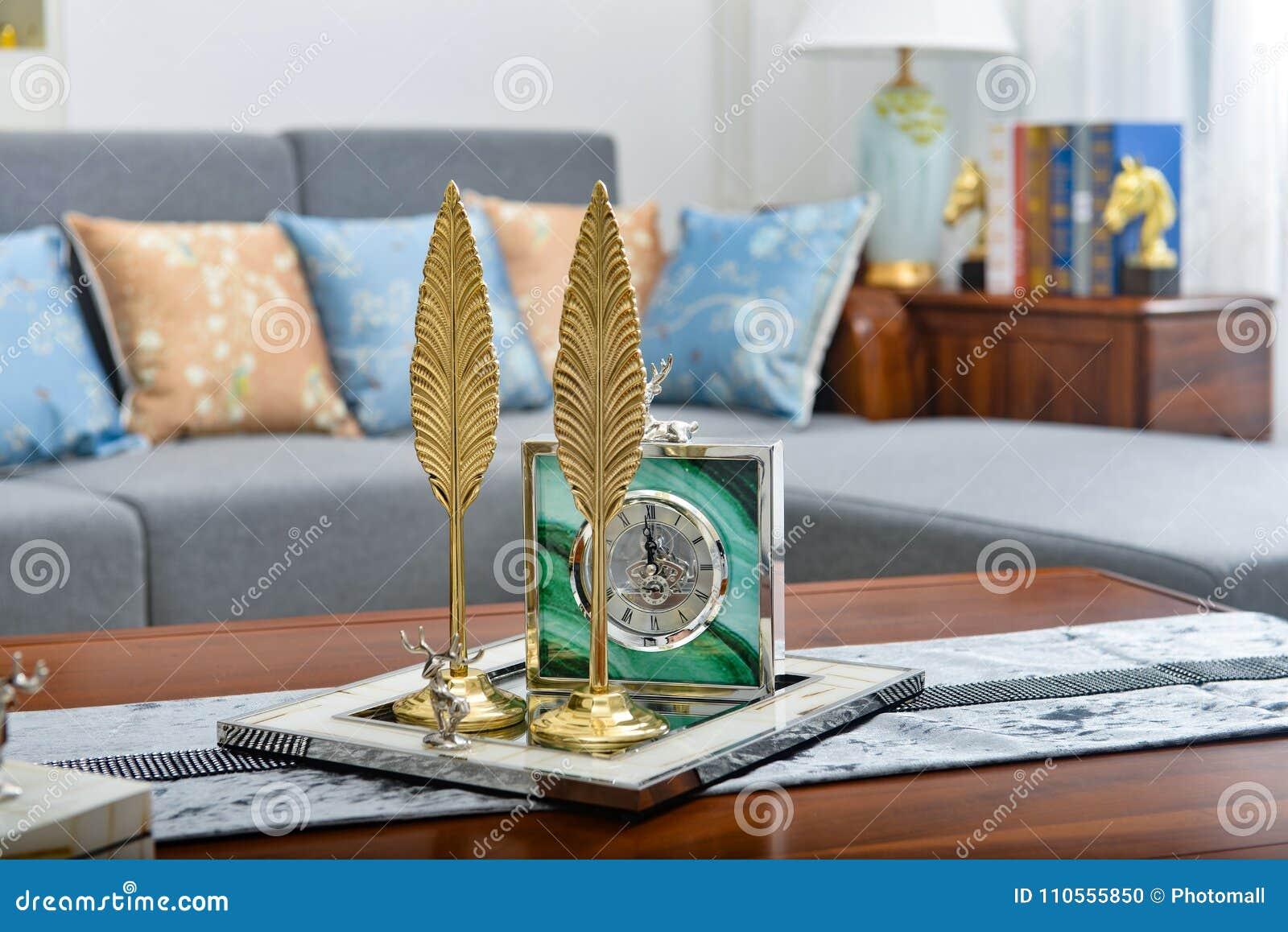 Artículo decorativo de la hoja de oro decorativa del reloj de la sala de estar pequeño