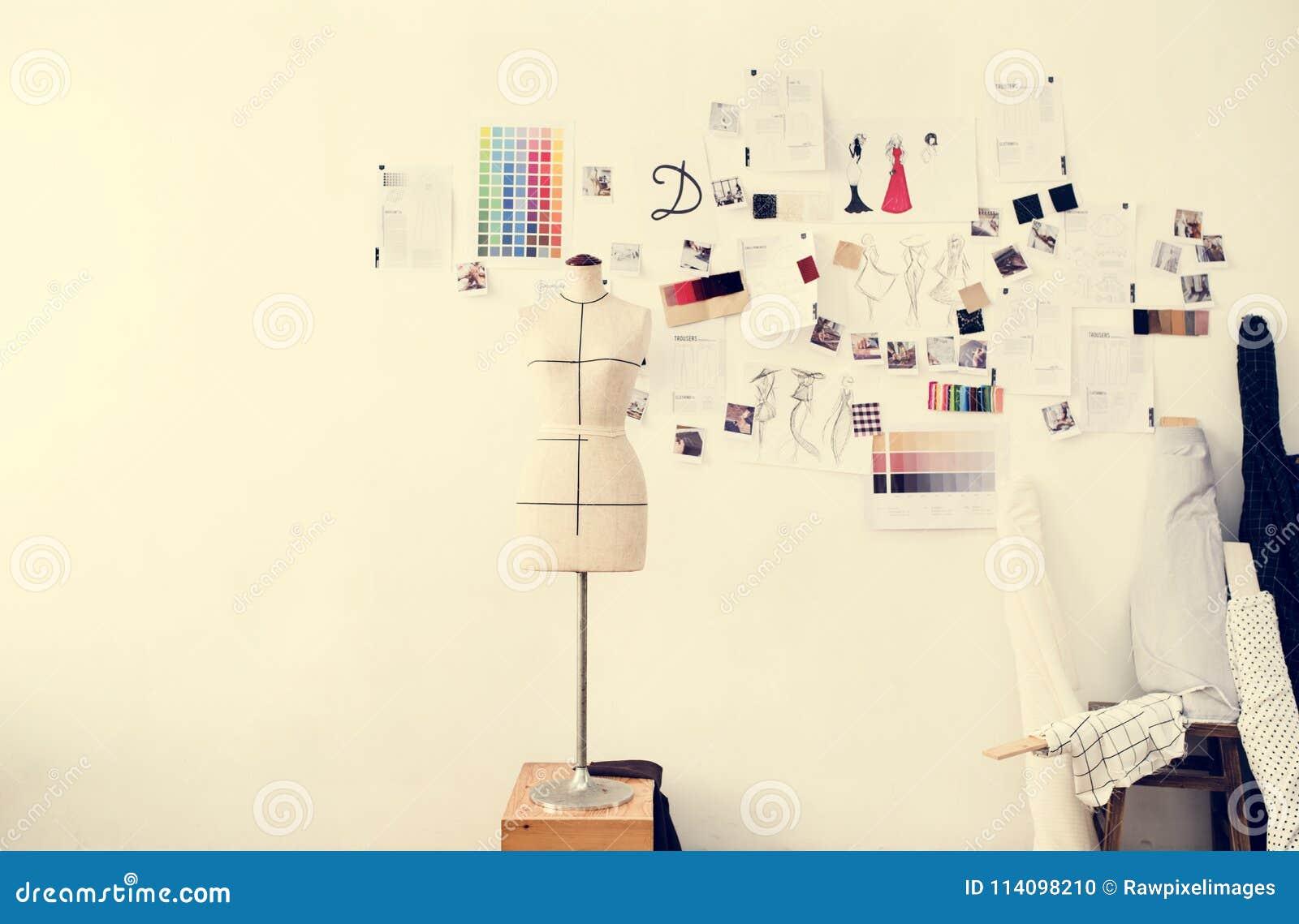 79377be0f Artículos Creativos Del Espacio De Trabajo Del Diseñador De Moda ...