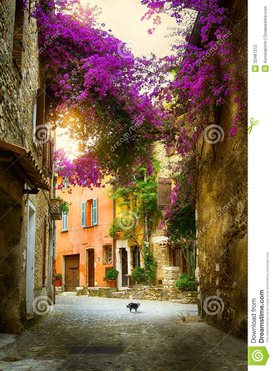 Art Beautiful Old Town Provence Stock Photography - Image: 32487212