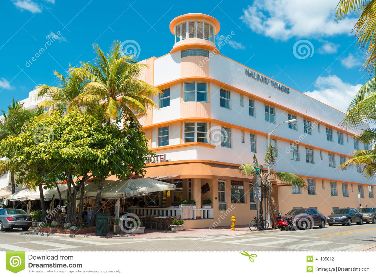 Art deco architecture at ocean drive in south beach miami for Architect florida
