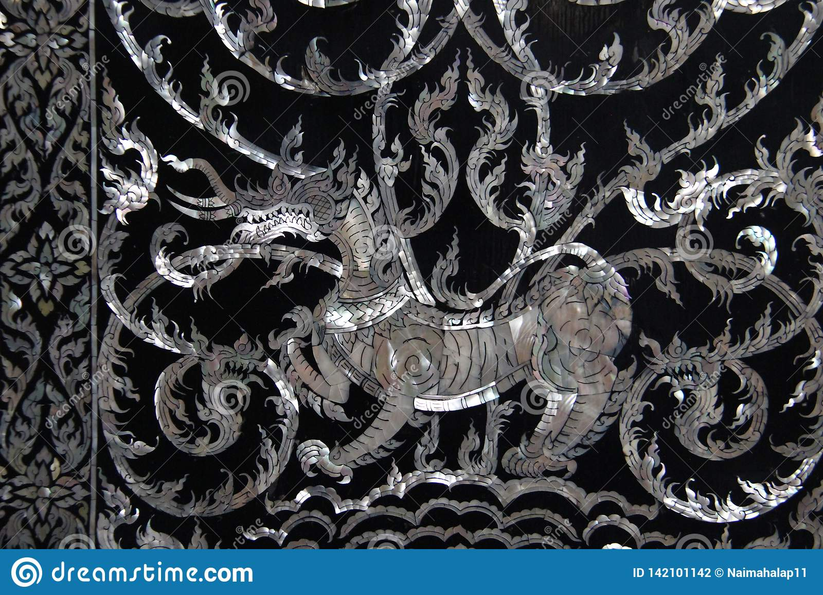 Art Lion And Local Pattern Made fino da pérola Shell