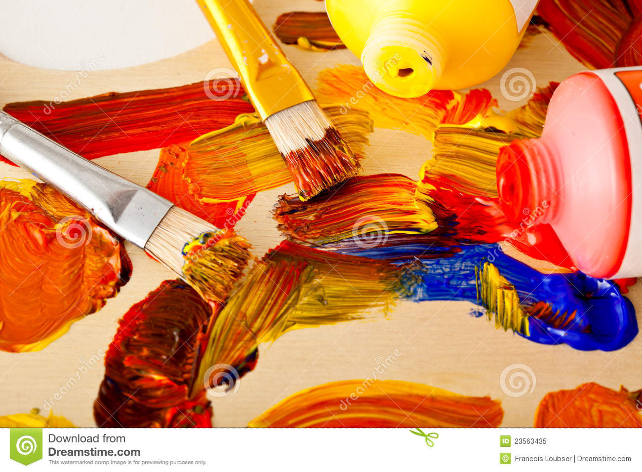 Real Paint Brushes And Palette Images & Pictures - Becuo