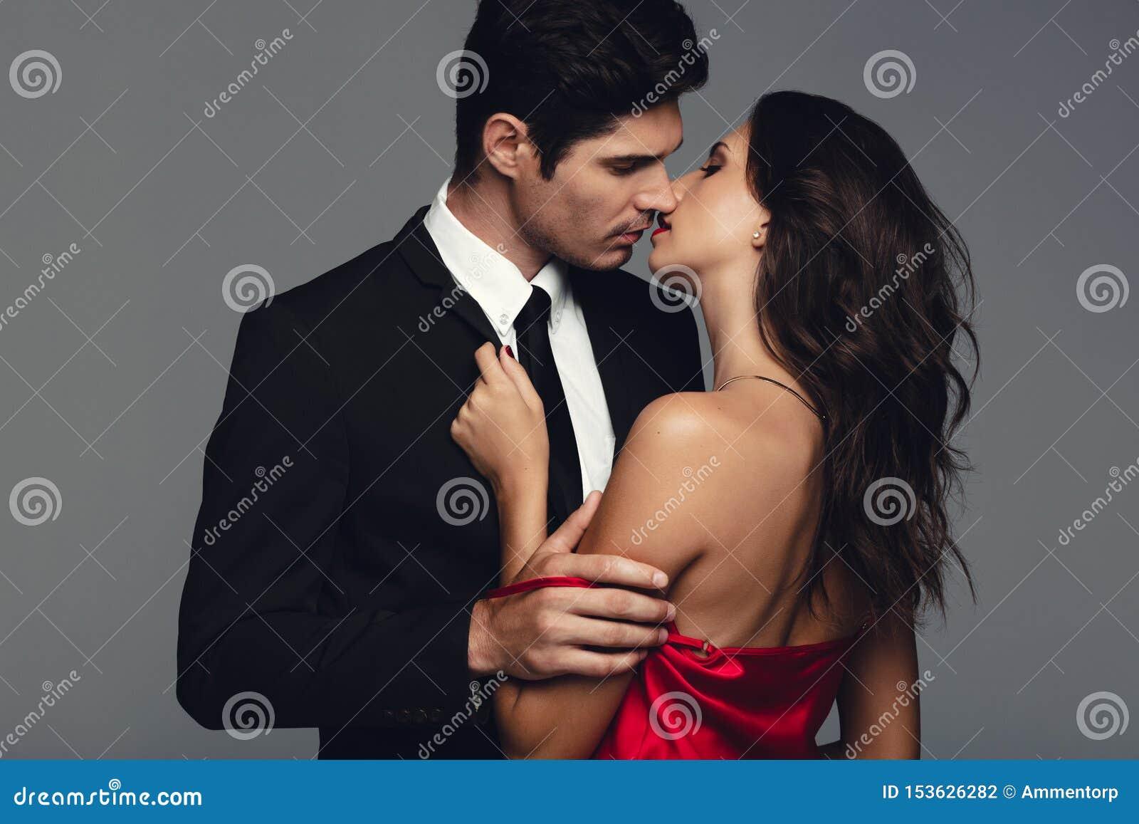 Men seduce do why women 16 Clothing