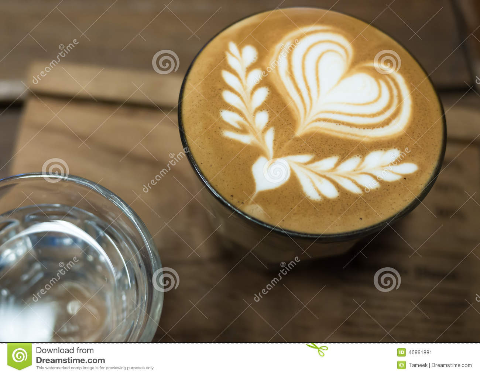 Arte del latte del café