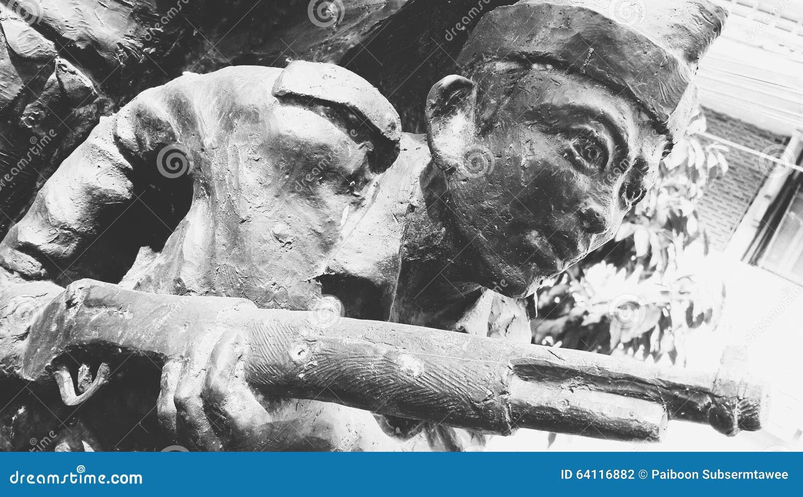 Arte della scultura per commemorare la seconda guerra mondiale