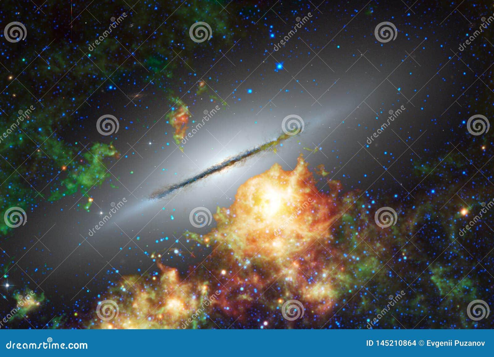 Arte dello spazio cosmico Nebulose, galassie e stelle luminose in bella composizione
