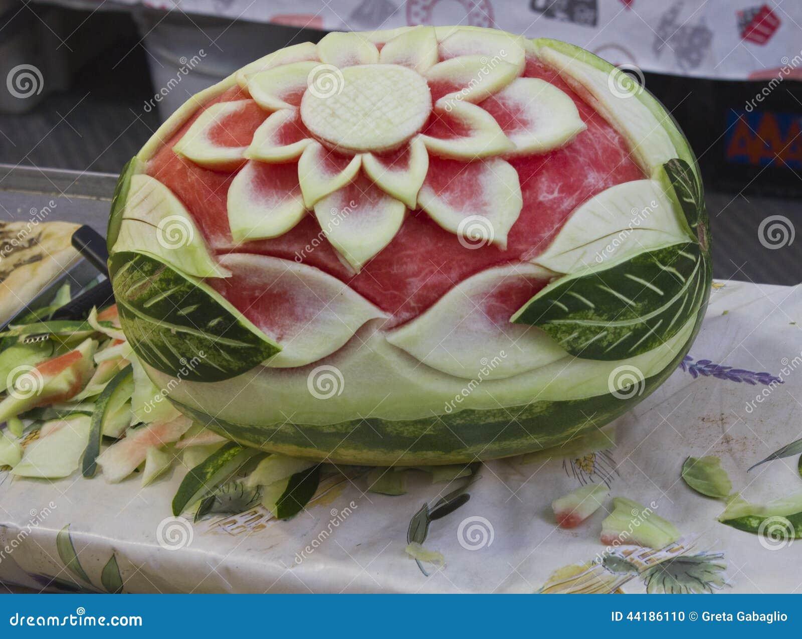 Excepcional Arte do corte da melancia foto de stock. Imagem de objeto - 44186110 HW28