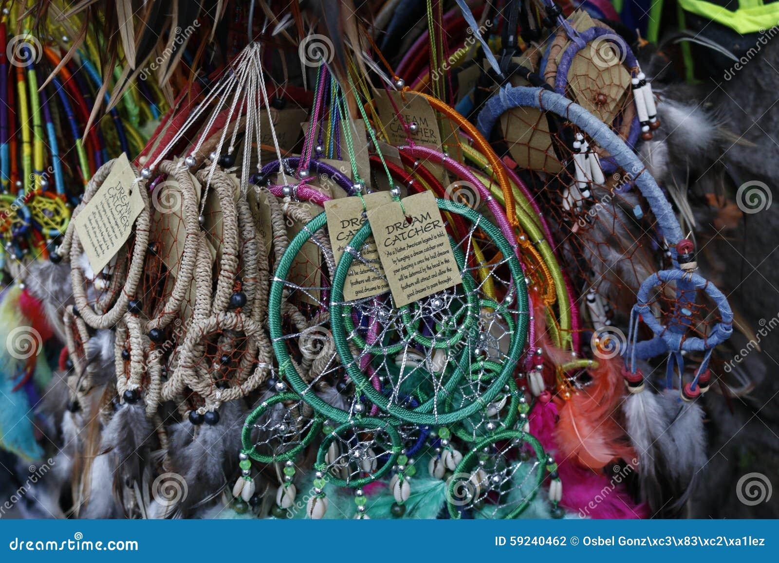 Download Artes De La Belleza Del Mercado Del Balinese Foto de archivo - Imagen de mamífero, caza: 59240462