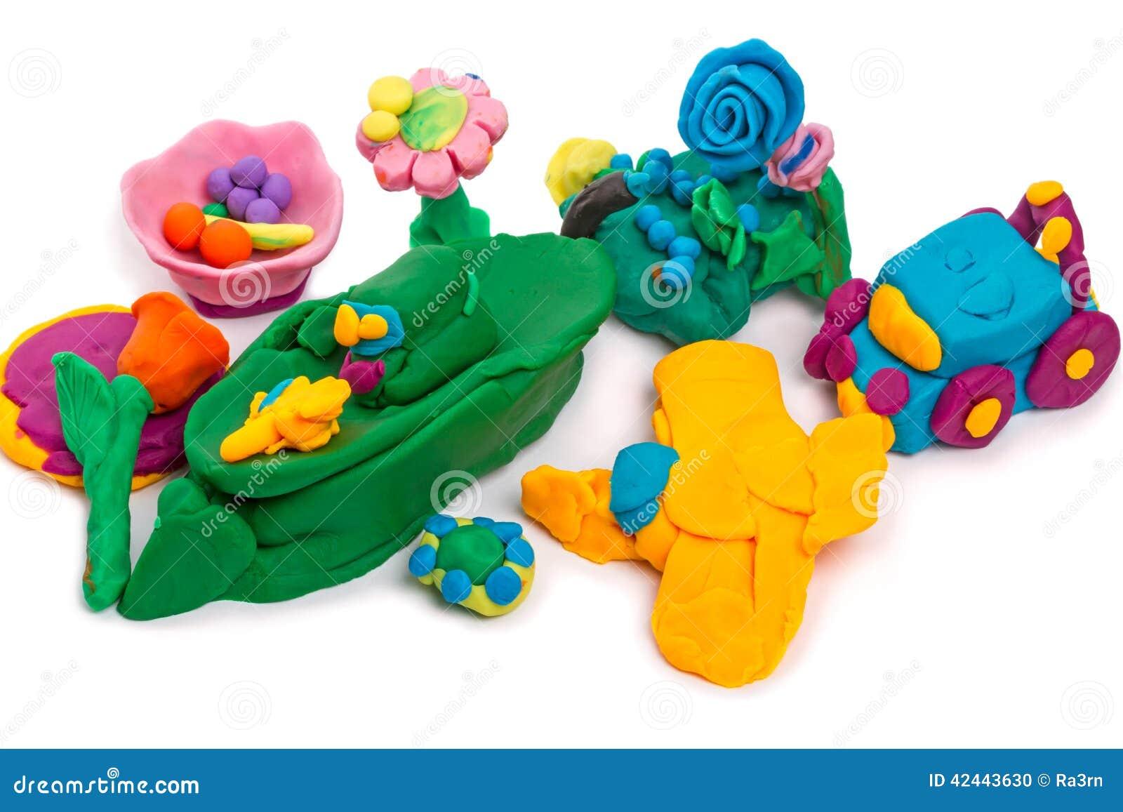 Artes de los niños hechos de la arcilla de modelado