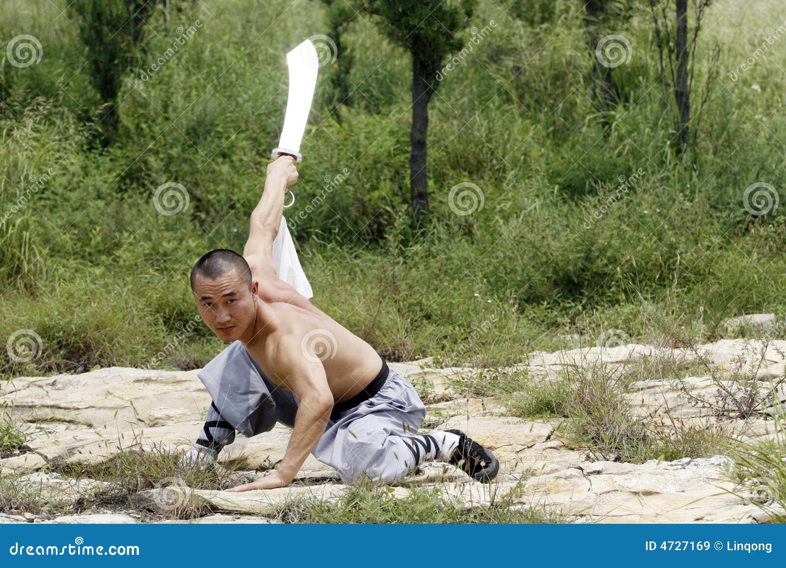 Artes marciais?.broadsword.
