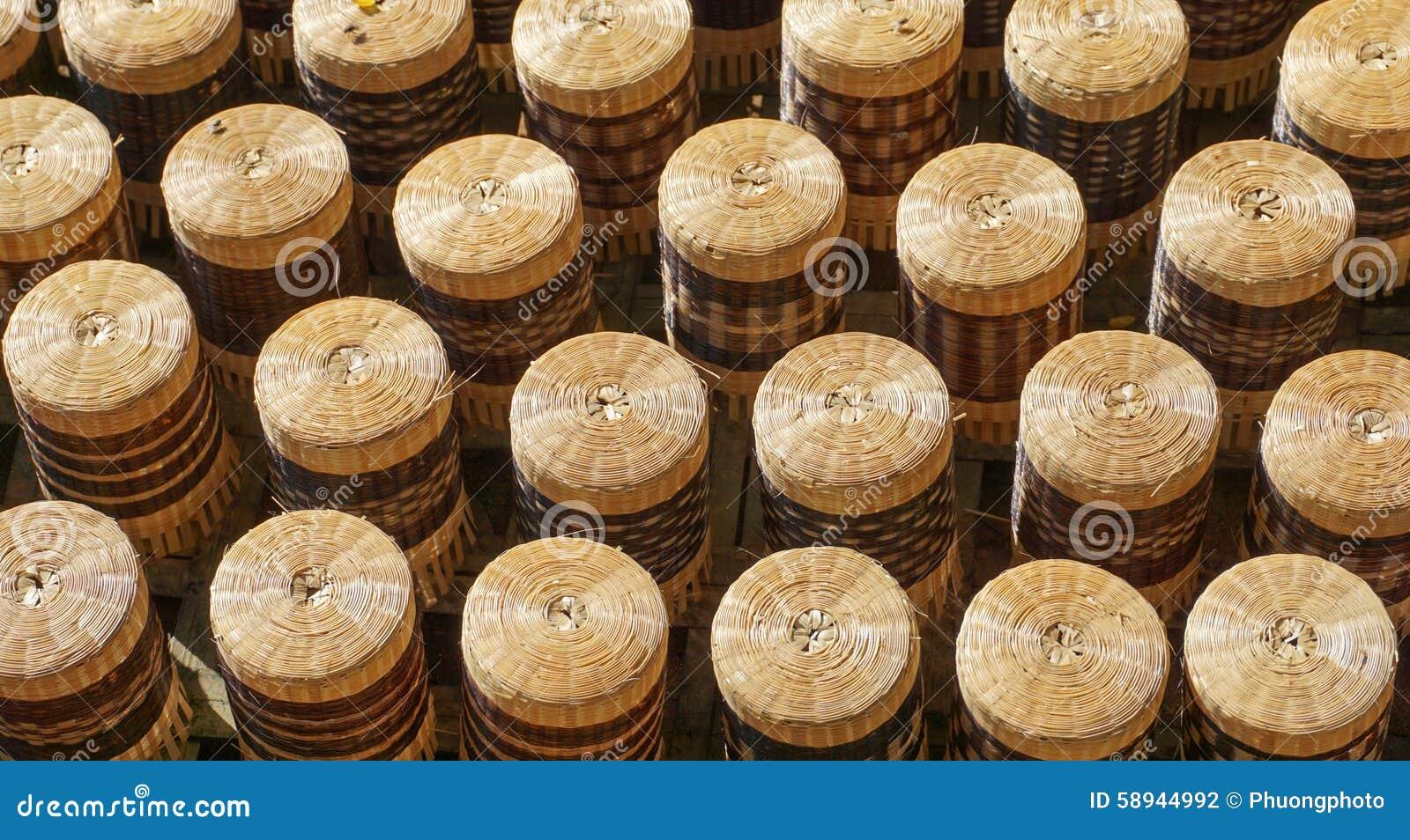Artesanato Com Cd Velho ~ Artesanato Feito Do Bambu Para A Venda Foto de Stock Imagem 58944992