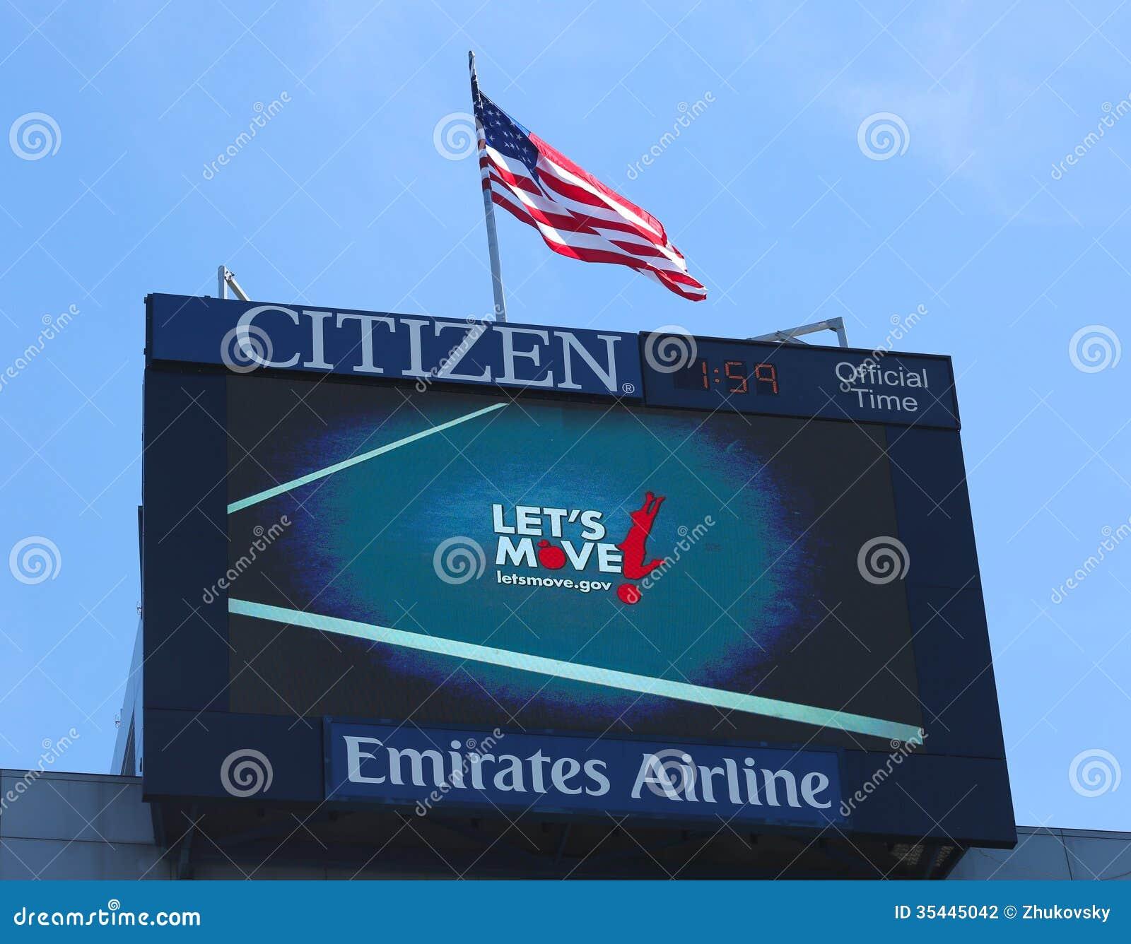 Arthur Ashe Stadium que o placar que promove nos deixou mover o programa tornou-se pela primeira senhora Michelle Obama