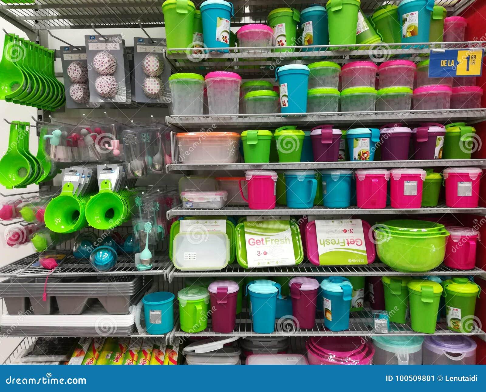 Articoli Plastica Per La Casa.Articoli Per La Casa Di Plastica Fotografia Editoriale