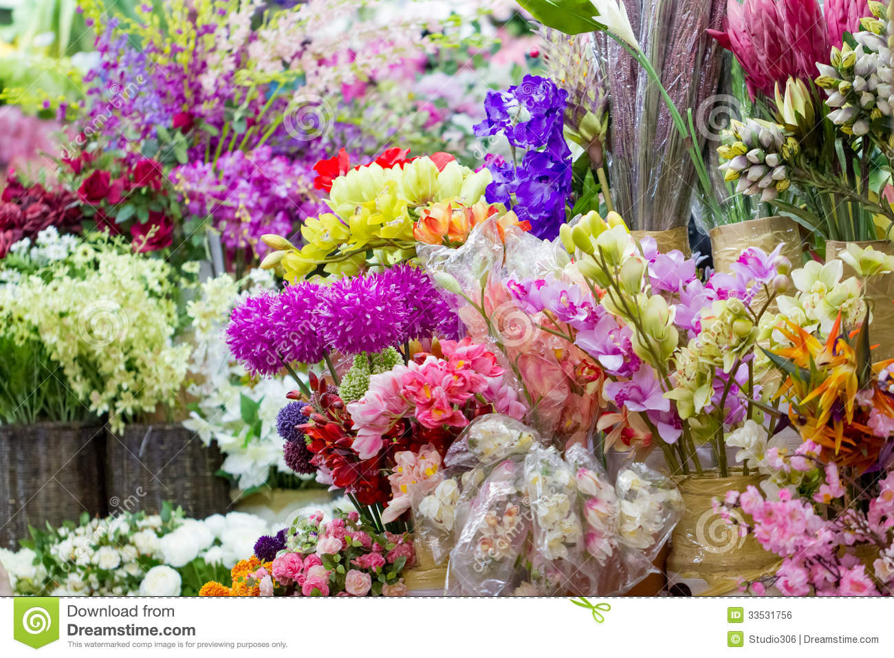 Artificial Flowers Market Royalty Free Stock Image