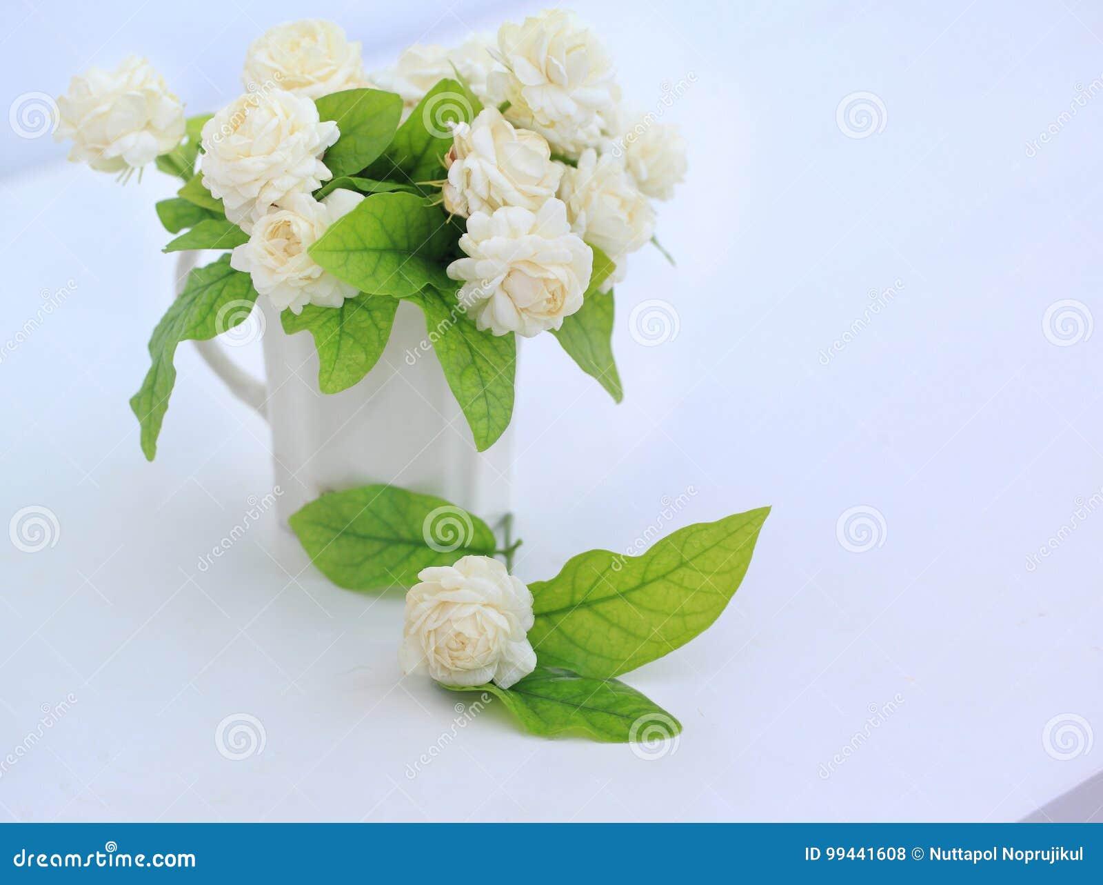 Fine Names Of Wedding Flowers Elaboration - Blue Wedding Color Ideas ...