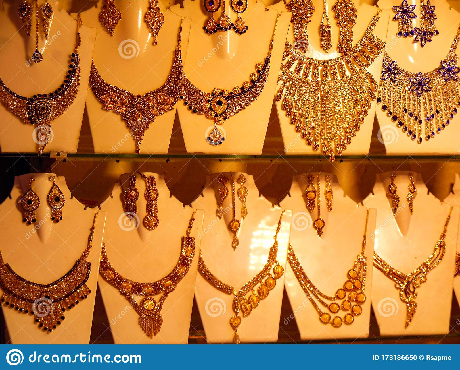1 177 Artificial Jewellery Photos Free Royalty Free Stock Photos From Dreamstime