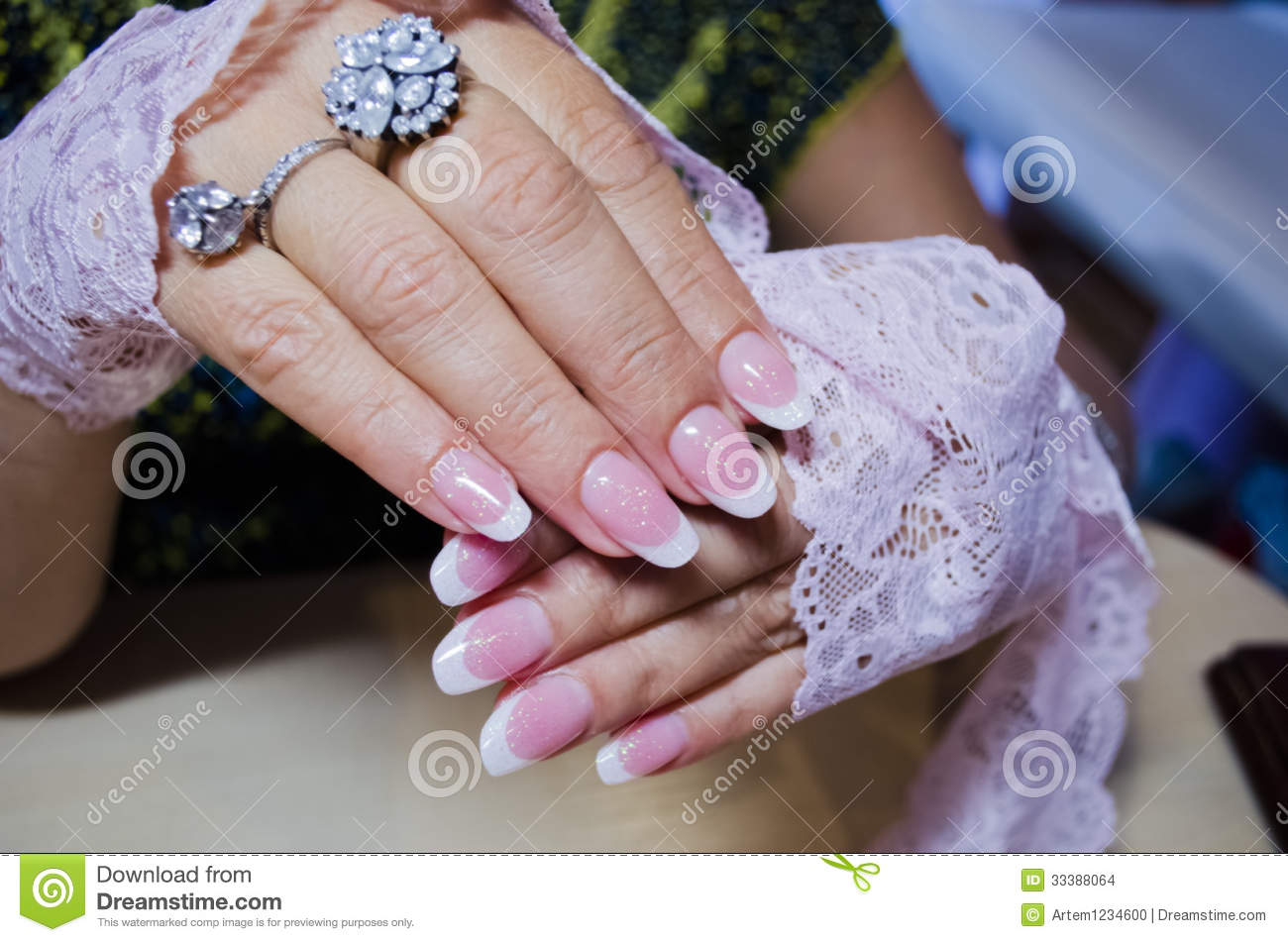Stock Images: Artificial nails